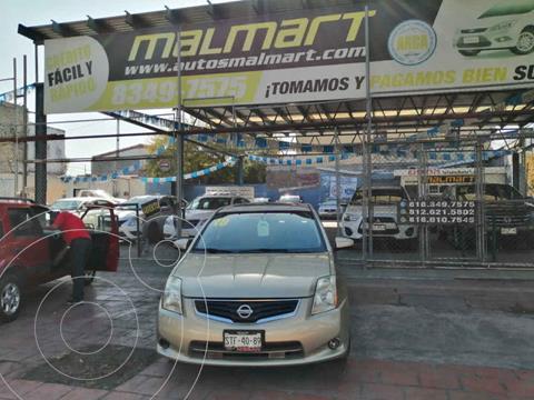 Nissan Sentra Premium usado (2010) color Dorado precio $105,000
