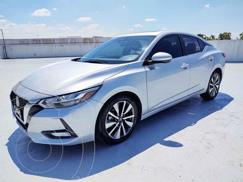Nissan Sentra Version usado (2020) color Plata precio $410,000
