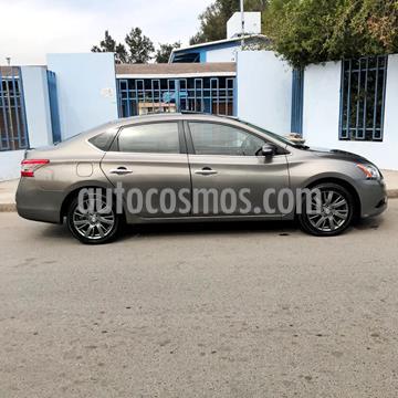 Nissan Sentra Exclusive NAVI Aut usado (2013) color Gris precio $145,000