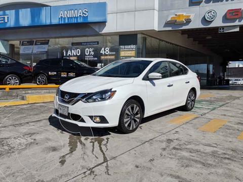 Nissan Sentra Exclusive Aut NAVI usado (2017) color Blanco precio $225,000