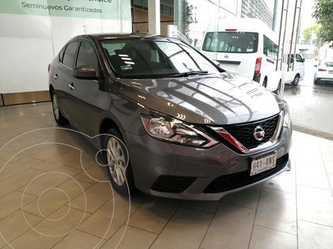 Nissan Sentra Advance usado (2019) color Gris Oxford precio $210,000