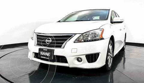 Nissan Sentra Custom usado (2012) color Blanco precio $154,999