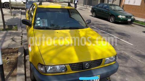 Nissan Sentra STD 1.6L usado (2011) color Naranja precio u$s5,600