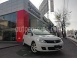 Foto venta Auto Seminuevo Nissan Tiida Sedan Advance (2015) color Blanco precio $155,000