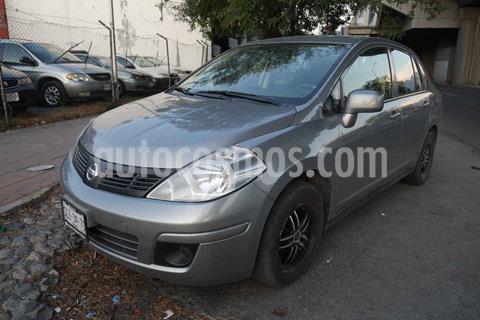 Nissan Tiida Sedan Comfort Ac usado (2012) color Plata precio $100,000