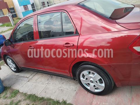 Nissan Tiida Sedan Sense usado (2014) color Rojo Burdeos precio $90,000