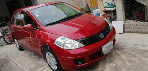 Nissan Tiida Sedan Sense usado (2014) color Rojo Burdeos precio $118,000
