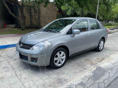 Nissan Tiida Sedan Custom Aut Ac usado (2012) color Dorado precio $149,900