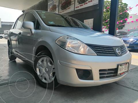 Nissan Tiida Sedan Comfort usado (2011) color Plata precio $99,800