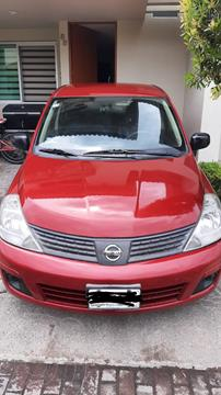 Nissan Tiida Sedan Comfort Ac usado (2011) color Rojo Burdeos precio $97,000