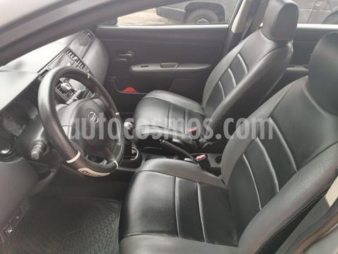 Nissan Tiida Sedan SL 1.6L usado (2013) color Gris precio u$s7,200