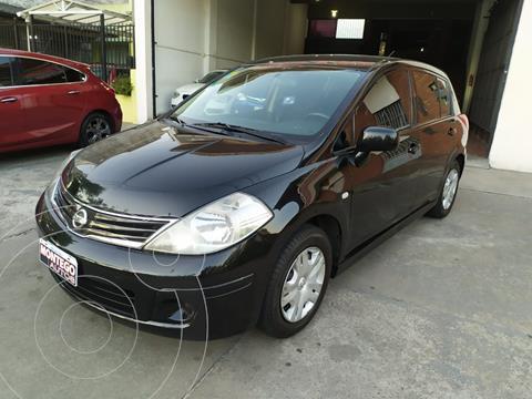 Nissan Tiida Visia usado (2010) color Negro precio $710.000