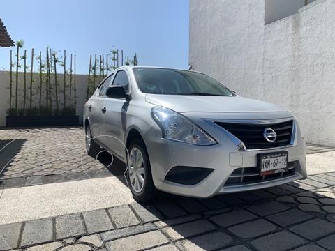 Nissan V-Drive 1.6L usado (2020) color Gris precio $195,000