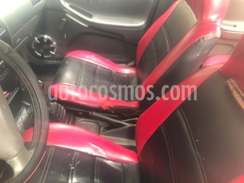 Nissan V16 1.6L Clasico usado (1998) color Negro precio u$s3,500