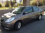 Foto venta Auto usado Nissan Versa Advance Aut color Gris Titanio precio $5.000.000