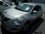 Foto venta Auto usado Nissan Versa Advance Aut color Plata precio $176,000