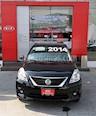 Foto venta Auto Seminuevo Nissan Versa Advance Aut (2014) color Negro precio $148,000
