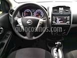 Foto venta Auto usado Nissan Versa Advance Aut (2017) color Gris precio $175,000