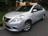 Foto venta Carro Usado Nissan Versa Advance (2013) color Plata