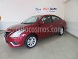Foto venta Auto Seminuevo Nissan Versa Advance (2017) color Rojo precio $229,539