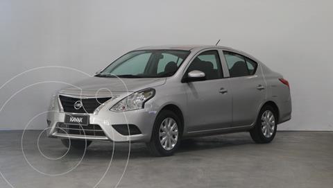 Nissan Versa Sense usado (2018) color Plata precio $1.230.000