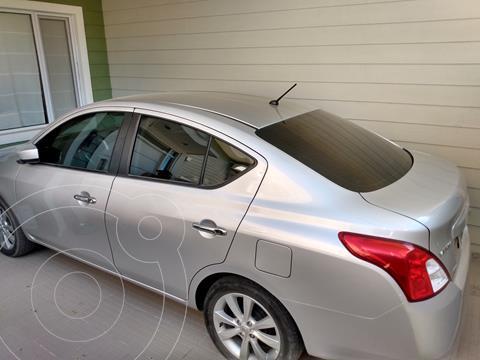 Nissan Versa Advance usado (2016) color Plata precio $1.120.000
