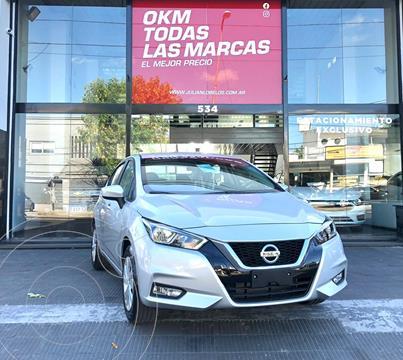 Nissan Versa Sense Aut nuevo color Gris Plata  financiado en cuotas(anticipo $570.000)