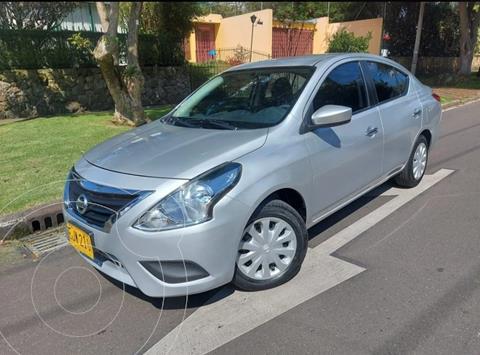 Nissan Versa Sense Aut usado (2018) color Plata precio $42.900.000