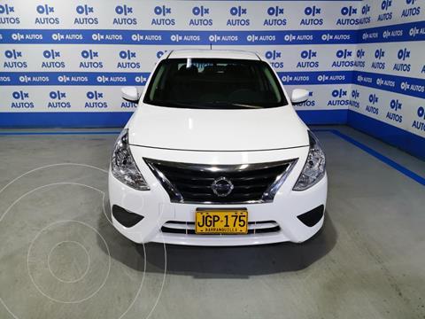 Nissan Versa Sense  usado (2017) color Blanco financiado en cuotas(anticipo $5.000.000)