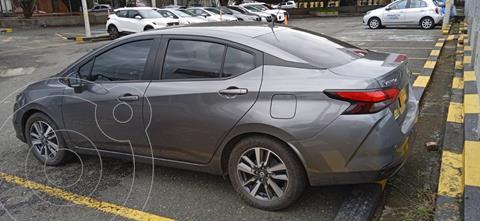Nissan Versa Advance  usado (2020) color Gris precio $58.800.000