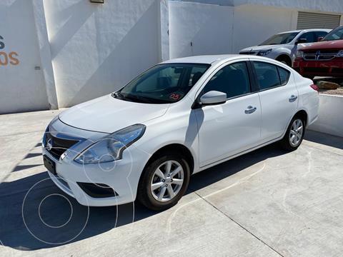 Nissan Versa Sense Aut usado (2019) color Blanco precio $220,000