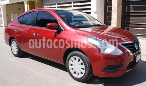 Nissan Versa 4P SENSE AT A/AC. VE. usado (2017) color Rojo precio $200,000