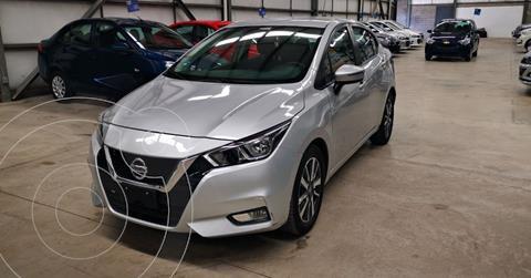 Nissan Versa Advance usado (2020) color Plata Dorado precio $249,900