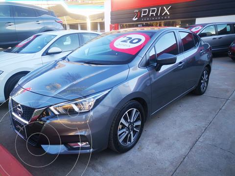 Nissan Versa Advance Aut usado (2020) color Gris precio $278,000