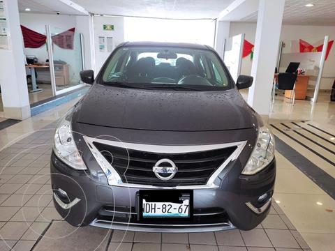 Nissan Versa Advance usado (2019) color Granito precio $204,900