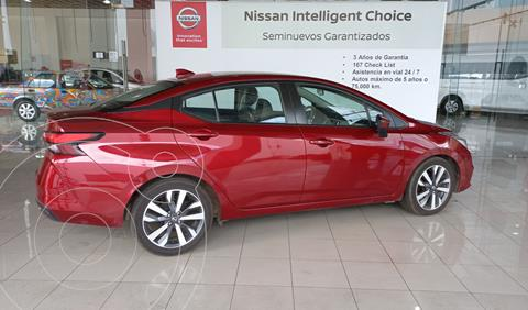 Nissan Versa Platinum Aut usado (2020) color Rojo precio $323,000