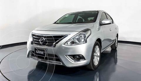 Nissan Versa Advance usado (2018) color Plata precio $197,999