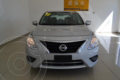 Nissan Versa Sense Aut usado (2018) color Plata precio $195,000