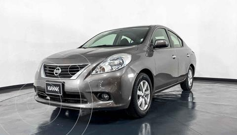 Nissan Versa Advance Aut  usado (2013) color Cafe precio $134,999