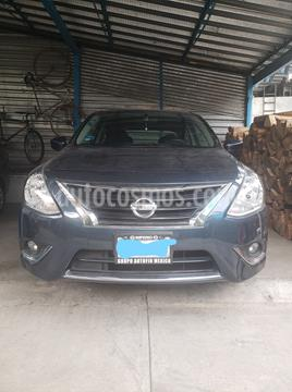 Nissan Versa Advance usado (2016) color Gris Oscuro precio $147,000