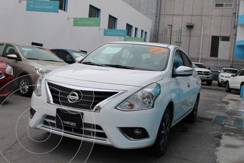 Nissan Versa Exclusive NAVI Aut usado (2017) color Blanco precio $185,000