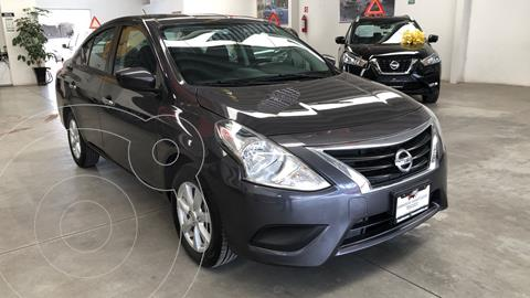 Nissan Versa Sense Aut usado (2019) color Gris Oscuro precio $195,000