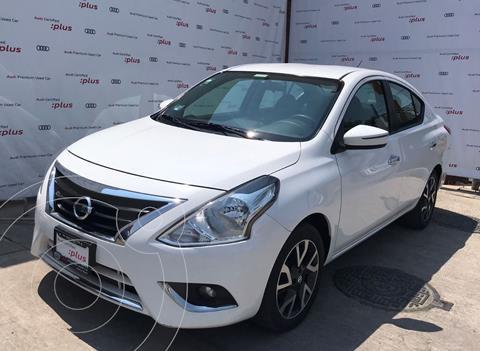 Nissan Versa Exclusive NAVI Aut usado (2018) color Blanco precio $219,000