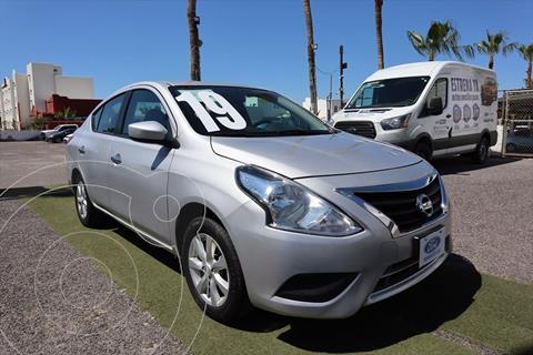 Nissan Versa Sense Aut usado (2019) color Plata precio $235,000