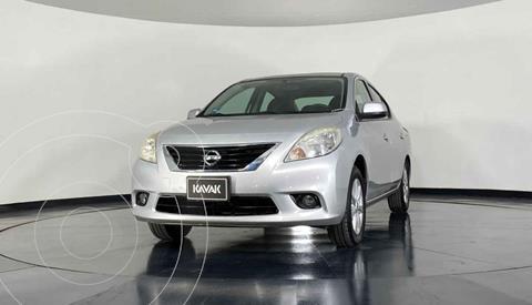 Nissan Versa Advance usado (2013) color Plata precio $129,999