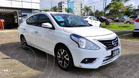 Nissan Versa Exclusive Aut usado (2018) color Blanco precio $215,000