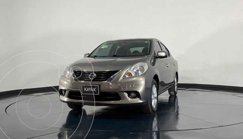 Nissan Versa Advance  usado (2014) color Cafe precio $132,999