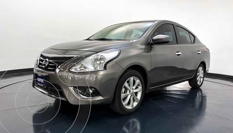 Nissan Versa Advance usado (2018) color Gris precio $197,999