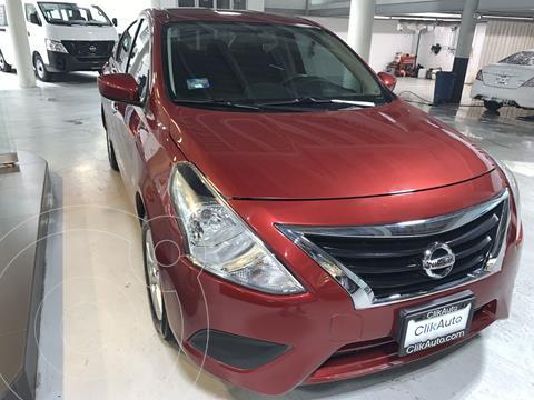 Nissan Versa Sense Aut usado (2019) color Rojo precio $215,000