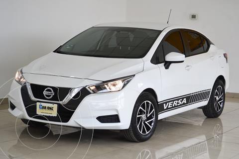 Nissan Versa Sense usado (2020) color Blanco precio $260,000